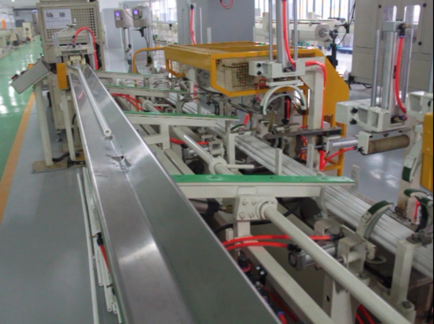 供應塑膠直管成型機組